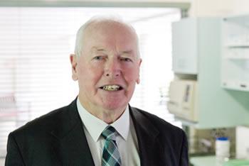 Dr Douglas Reinehr