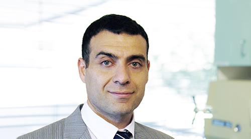 Retinal Surgeon, Dr Elvis Ojaimi, joins Peninsula Eye Centre